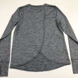 Athleta Long Sleeve layered Crossback top Sz S